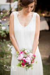 Création de robe de mariée en crêpe et tulle de soie Sylvie Mispouillé
