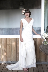 Robe de mariée fuide et intemporelle Sylvie Mispouillé